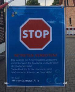 Stoppschild Besuchsverbot in Kinderheilstätte 22.05.2020