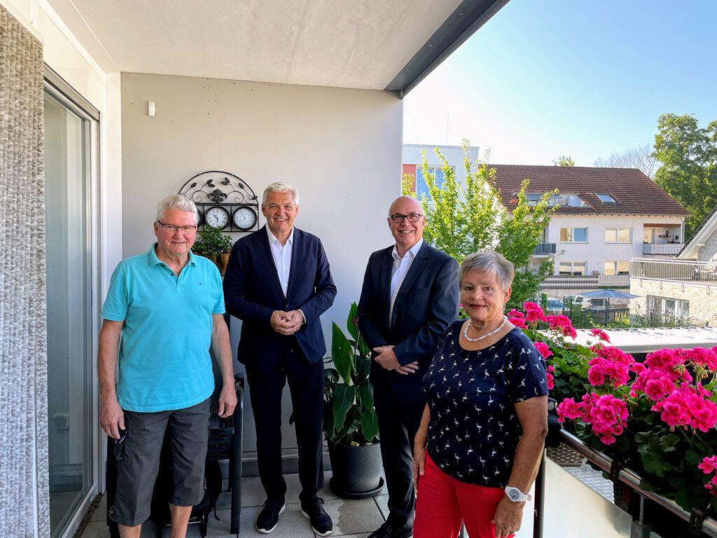 CDU-Bundestagskandidat Hubert Hüppe besucht Senioren-Wohnanlage der UKBS in Bönen